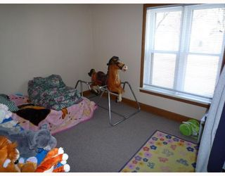 Photo 8: 346 BURROWS Avenue in WINNIPEG: North End Residential for sale (North West Winnipeg)  : MLS®# 2905859