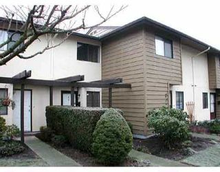 """Photo 1: 11160 KINGSGROVE Ave in Richmond: Ironwood Townhouse for sale in """"CEDAR GROVE ESTATE"""" : MLS®# V635440"""