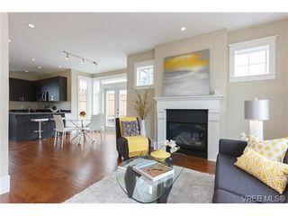 Photo 4: A 7886 Wallace Dr in SAANICHTON: CS Saanichton Half Duplex for sale (Central Saanich)  : MLS®# 679924