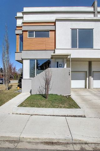 Photo 1: 158 23 Avenue NW in Calgary: Tuxedo Park Row/Townhouse for sale : MLS®# A1094441