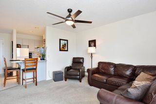 "Photo 6: 206 14881 MARINE Drive: White Rock Condo for sale in ""Driftwood Arms"" (South Surrey White Rock)  : MLS®# R2381349"