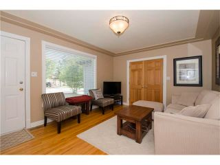 Photo 4: 8723 34 Avenue NW in Calgary: Bowness House for sale : MLS®# C4053792