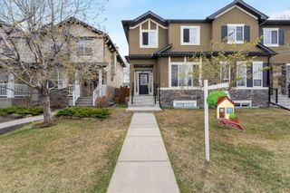 Main Photo: 421 50 Avenue SW in Calgary: Windsor Park Semi Detached for sale : MLS®# A1156232