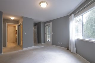 """Photo 9: 64 4001 OLD CLAYBURN Road in Abbotsford: Abbotsford East Townhouse for sale in """"CEDAR SPRINGS"""" : MLS®# R2109700"""