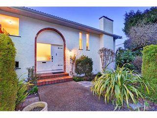Photo 3: 5054 Cordova Bay Rd in VICTORIA: SE Cordova Bay House for sale (Saanich East)  : MLS®# 753946