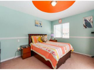 """Photo 11: 205 13725 72A Avenue in Surrey: East Newton Townhouse for sale in """"PARK PLACE ESTATES"""" : MLS®# F1418923"""