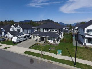 """Photo 2: 35273 ADAIR Avenue in Mission: Mission BC House for sale in """"Ferncliff Estates"""" : MLS®# R2559048"""