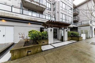 """Photo 2: 207 935 W 16TH Street in North Vancouver: Mosquito Creek Condo for sale in """"Gateway"""" : MLS®# R2440325"""