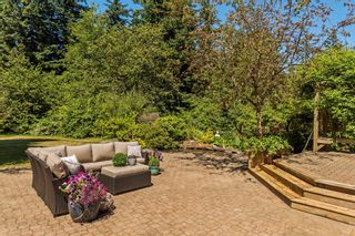 """Photo 26: 2683 NORTHCREST Drive in Surrey: Sunnyside Park Surrey House for sale in """"Woodshire Park"""" (South Surrey White Rock)  : MLS®# R2185453"""