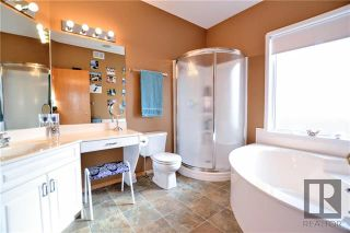 Photo 10: 26 Haverstock Crescent in Winnipeg: Linden Woods Residential for sale (1M)  : MLS®# 1826455