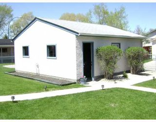 Photo 2:  in WINNIPEG: East Kildonan Residential for sale (North East Winnipeg)  : MLS®# 2909680