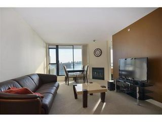 Photo 2: 1010 175 1ST Street W in North Vancouver: Home for sale : MLS®# V991858