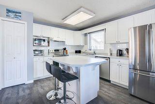 Photo 2: 8305 120 Avenue in Edmonton: Zone 05 House Half Duplex for sale : MLS®# E4244041