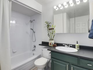 "Photo 16: 303 725 COMMERCIAL Drive in Vancouver: Hastings Condo for sale in ""Place Devito"" (Vancouver East)  : MLS®# R2509088"