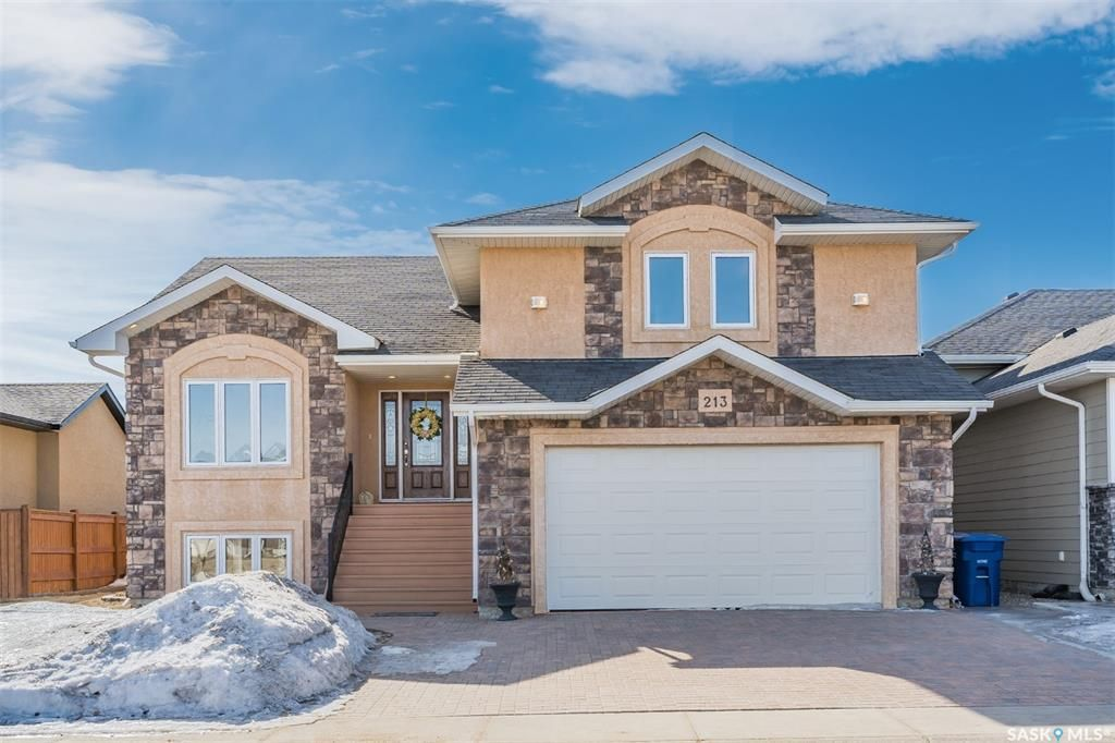 Main Photo: 213 Clubhouse Boulevard East in Warman: Residential for sale : MLS®# SK845756