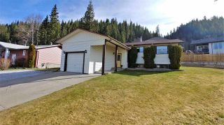 """Photo 1: 4630 NEWGLEN Place in Prince George: North Meadows House for sale in """"NORTH MEADOWS"""" (PG City North (Zone 73))  : MLS®# R2365544"""
