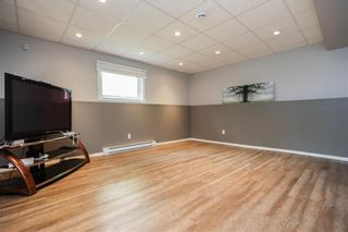 Photo 33: 676 Community Row in Winnipeg: Charleswood Residential for sale (1G)  : MLS®# 202115287