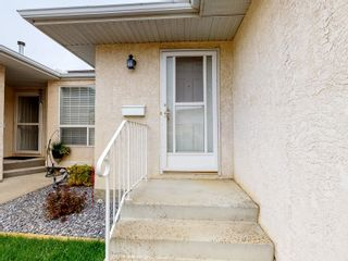 Photo 2:  in Edmonton: Zone 02 House Half Duplex for sale : MLS®# E4263416