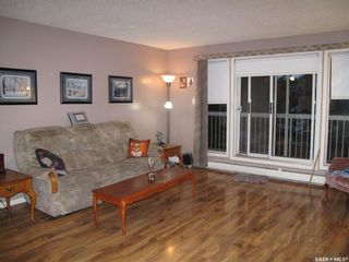 Photo 3: 205 706 Confederation Drive in Saskatoon: Confederation Park Residential for sale : MLS®# SK839116