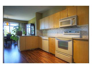 "Photo 6: 2 1486 JOHNSON Street in Coquitlam: Westwood Plateau Townhouse for sale in ""STONEY CREEK"" : MLS®# V936237"
