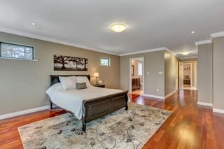 """Photo 27: 1929 AMBLE GREENE Drive in Surrey: Crescent Bch Ocean Pk. House for sale in """"Amble Greene"""" (South Surrey White Rock)  : MLS®# R2579982"""
