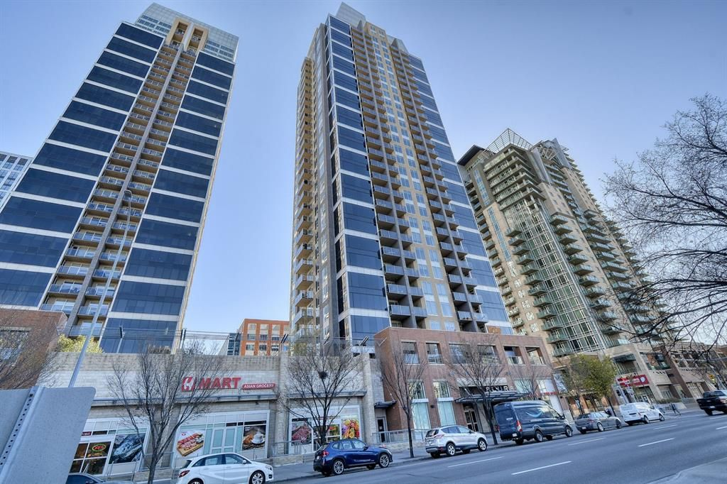 Main Photo: 2702 1320 1 Street SE in Calgary: Beltline Apartment for sale : MLS®# A1153181