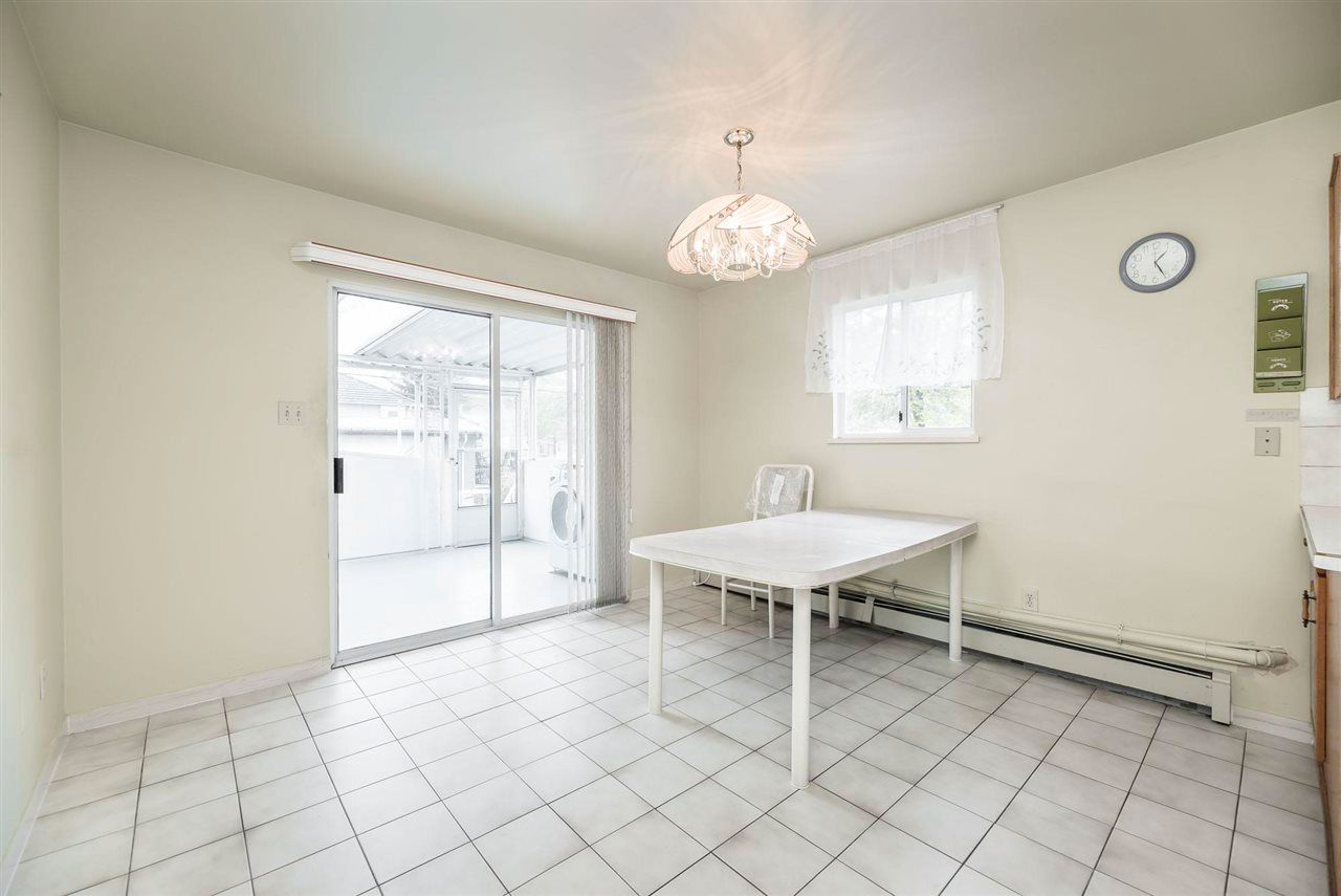Photo 12: Photos: 5984 E VICTORIA Drive in Vancouver: Killarney VE House for sale (Vancouver East)  : MLS®# R2571656