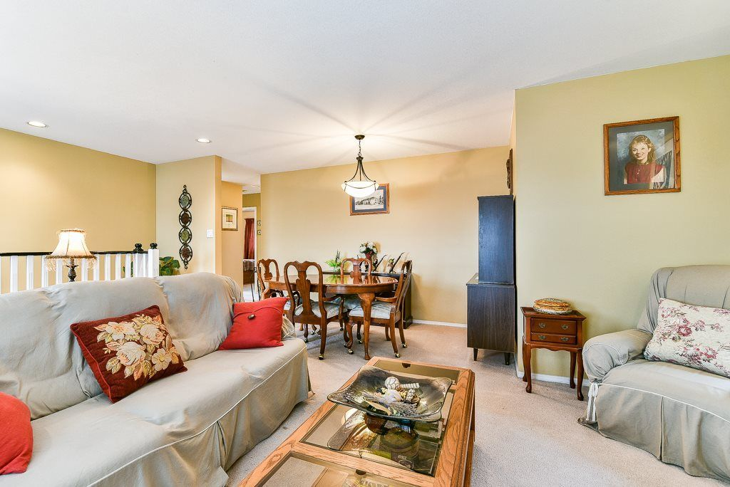 Photo 2: Photos: 1219 SOUTH DYKE Road in New Westminster: Queensborough House for sale : MLS®# R2238163