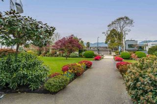 Photo 2: 313 2890 POINT GREY ROAD in Vancouver: Kitsilano Condo for sale (Vancouver West)  : MLS®# R2573649