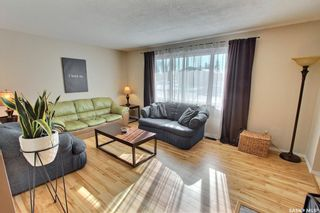 Photo 2: 978 Fraser Place in Prince Albert: Crescent Heights Residential for sale : MLS®# SK843183