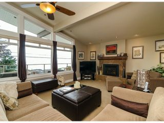 Photo 4: 15277 COLUMBIA Avenue: White Rock House for sale (South Surrey White Rock)  : MLS®# F1322923