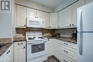 Photo 10: 150 DUNLOP Street E Unit# 703 in Barrie: House for sale