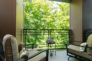"""Photo 1: 206 20058 FRASER Highway in Langley: Langley City Condo for sale in """"Varsity"""" : MLS®# R2587744"""