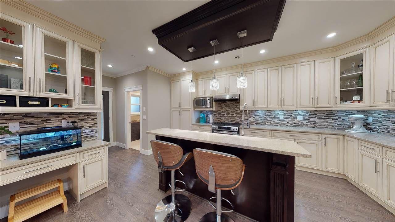 Photo 8: Photos: 3365 NAPIER Street in Vancouver: Renfrew VE House for sale (Vancouver East)  : MLS®# R2534997
