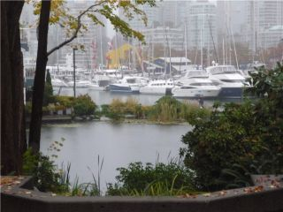 """Photo 1: 101 1550 MARINER Walk in Vancouver: False Creek Condo for sale in """"MARINER POINT"""" (Vancouver West)  : MLS®# V976624"""