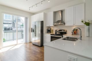 """Photo 8: 92 8438 207A Street in Langley: Willoughby Heights Townhouse for sale in """"YORK By Mosaic"""" : MLS®# R2191419"""