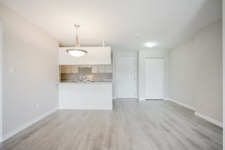 """Photo 14: 209 33960 OLD YALE Road in Abbotsford: Central Abbotsford Condo for sale in """"OLD YALE HEIGHTS"""" : MLS®# R2480632"""