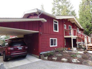 Photo 1: 8967 REDROOFFS ROAD in Halfmoon Bay: Halfmn Bay Secret Cv Redroofs House for sale (Sunshine Coast)  : MLS®# R2131092