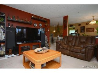 Photo 8: 735 Kelly Rd in VICTORIA: Co Hatley Park House for sale (Colwood)  : MLS®# 735095
