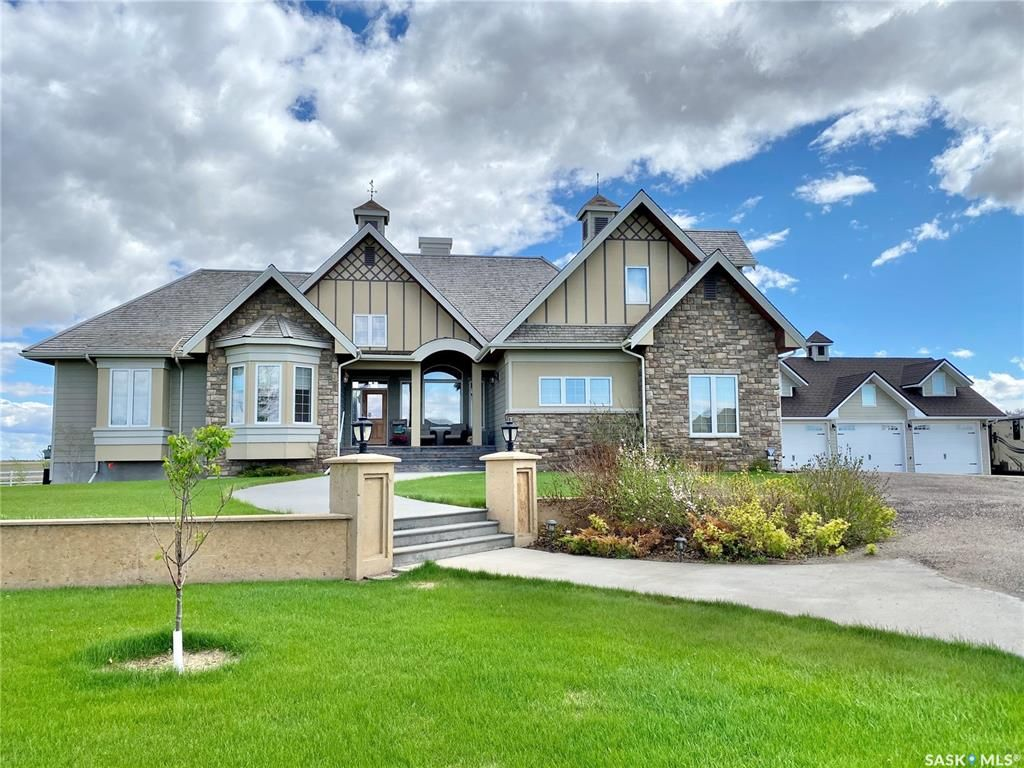 Main Photo: 273 Rudy Lane in Outlook: Residential for sale : MLS®# SK822055