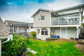 Photo 2: 4822 DUNDAS STREET in Burnaby: Capitol Hill BN House for sale (Burnaby North)  : MLS®# R2329701