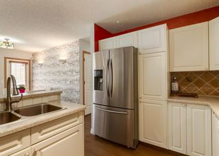 Photo 6: 136 MT ABERDEEN Manor SE in Calgary: McKenzie Lake Row/Townhouse for sale : MLS®# A1109069