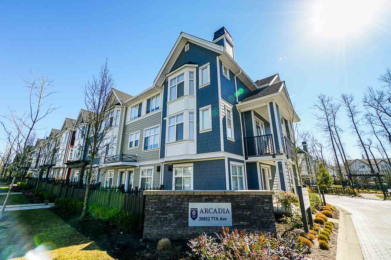 """Main Photo: 73 20852 77A Avenue in Langley: Willoughby Heights Townhouse for sale in """"Arcadia"""" : MLS®# R2394235"""