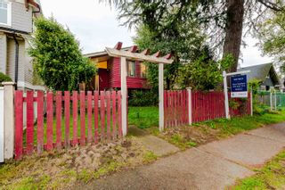 Main Photo: 949 E 29TH Avenue in Vancouver: Fraser VE House for sale (Vancouver East)  : MLS®# R2622241