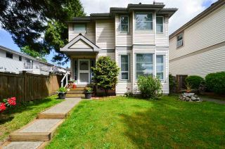 Photo 2: 1715 ISLAND AVENUE in Vancouver: South Marine House for sale (Vancouver East)  : MLS®# R2578417