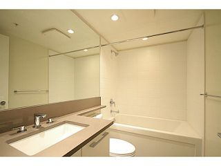"""Photo 11: 2207 6658 DOW Avenue in Burnaby: Metrotown Condo for sale in """"MODA"""" (Burnaby South)  : MLS®# V1101566"""