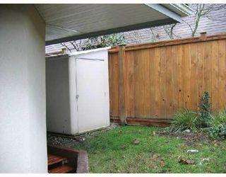 """Photo 9: 105 1515 E 6TH Avenue in Vancouver: Grandview VE Condo for sale in """"WOODLAND TERRACE"""" (Vancouver East)  : MLS®# V745517"""