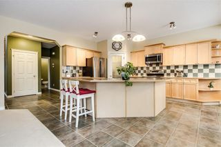 Photo 11: 142 WEST SPRINGS Place SW in Calgary: West Springs Detached for sale : MLS®# C4301282