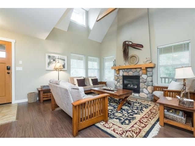 """Photo 3: Photos: 1767 TREE HOUSE Trail: Lindell Beach House for sale in """"Cottages at Cultus Lake"""" (Cultus Lake)  : MLS®# R2560433"""