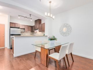 """Photo 6: 106 2959 SILVER SPRINGS Boulevard in Coquitlam: Westwood Plateau Condo for sale in """"TANTALUS"""" : MLS®# R2405133"""